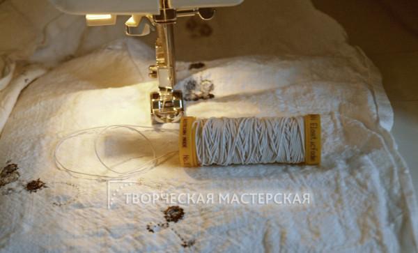 Сборка ткани с помощью нитки-резинки