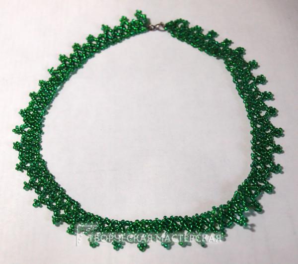 Зеленое колье из бисера своими руками